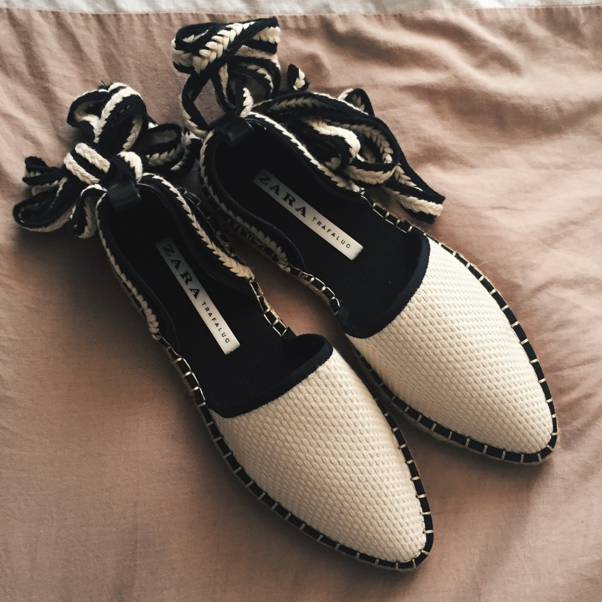 Like of the week: Lace-up espadrilles van Zara